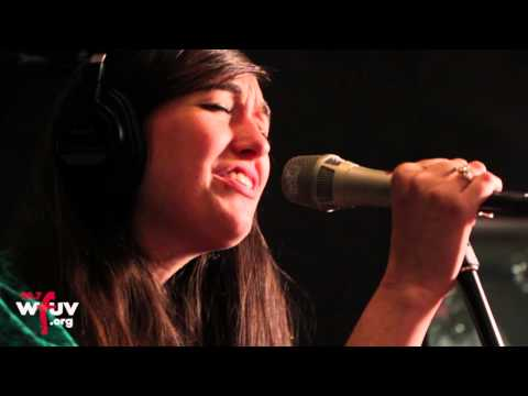"Cults – ""I Can Hardly Make You Mine"" (Live at WFUV)"